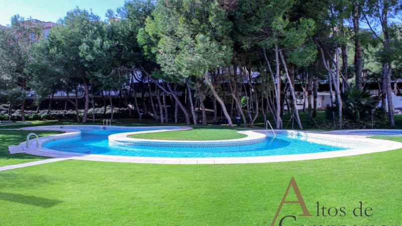 02-Piscina-altos-campoamor