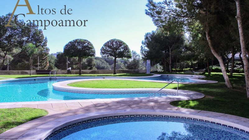 03-piscine-haute-campoamor